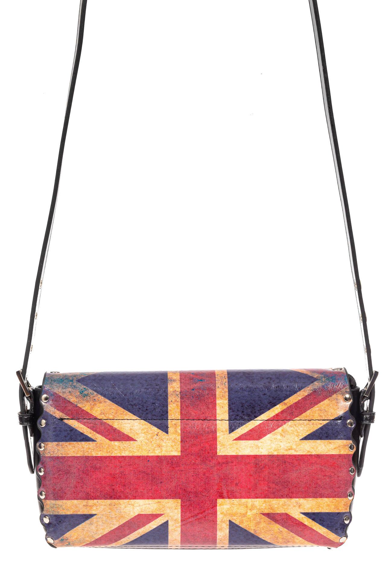 На фото 3 - Женская сумка из кожи с принтом, цвет черный