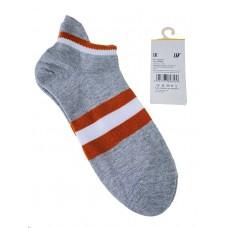 На фото 1 - Женские носки в полоску с высокой пяткой, цвет серый