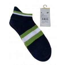 На фото 1 - Женские носки в полоску с высокой пяткой, цвет чёрный