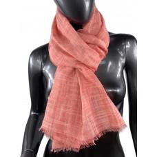 На фото 1 - Лёгкий шейный платок из хлопка и бамбука, цвет коралловый