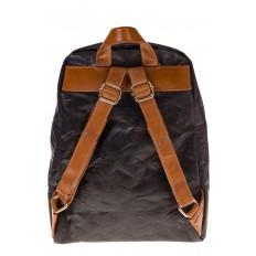 На фото 3 - Черный эко-рюкзак из материала Tyvek