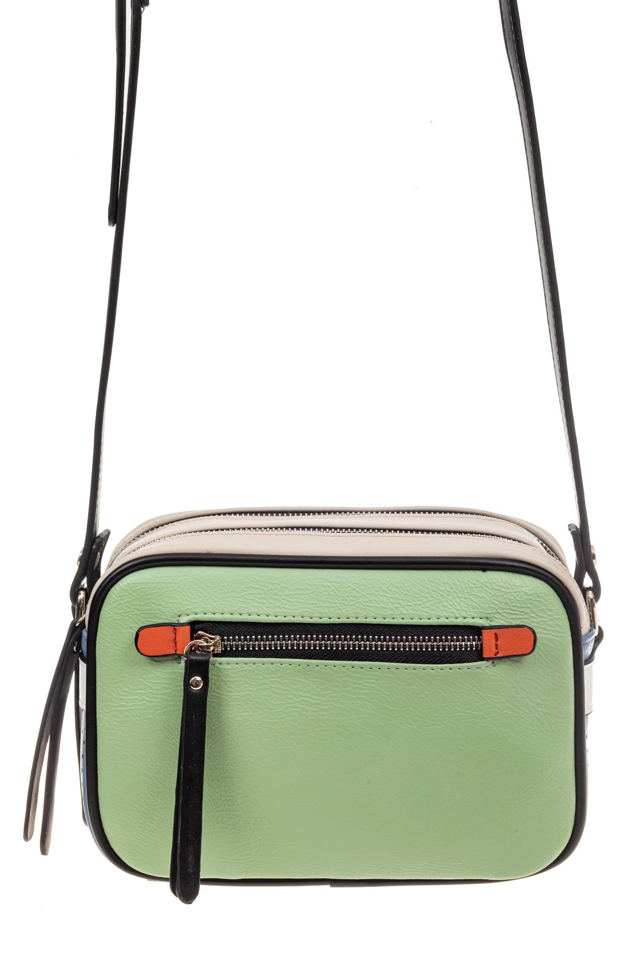 На фото 2 - Небольшая сумка купол из искусственной кожи, основной цвет зеленый