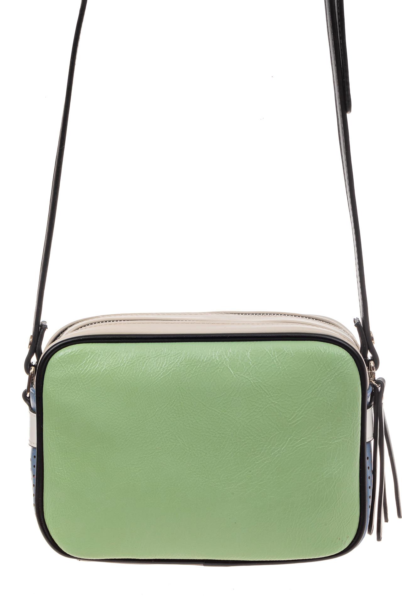 На фото 3 - Небольшая сумка купол из искусственной кожи, основной цвет зеленый