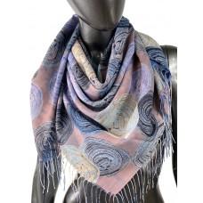 На фото 1 - Двухсторонний лёгкий платок из кашемира с узором, цвет сиреневый