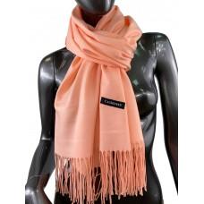 На фото 1 - Однотонный шарф-палантин из кашемира, цвет лососевый