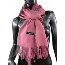 На фото 1 - Однотонный шарф-палантин из кашемира, цвет розового чая