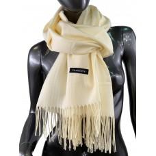 На фото 1 - Однотонный шарф-палантин из кашемира, цвет топлёного молока