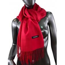 На фото 1 - Однотонный шарф-палантин из кашемира, цвет красный рубин