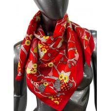 На фото 1 - Шёлковый платок с совами, цвет красный