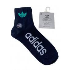На фото 1 - Спортивные мужские носки с надписью и принтом, цвет чёрный