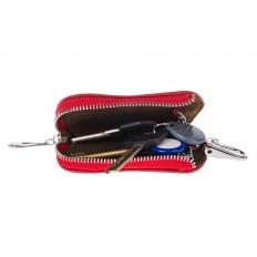 На фото 2 - Ключница из лакированной искусственной кожи, цвет красный