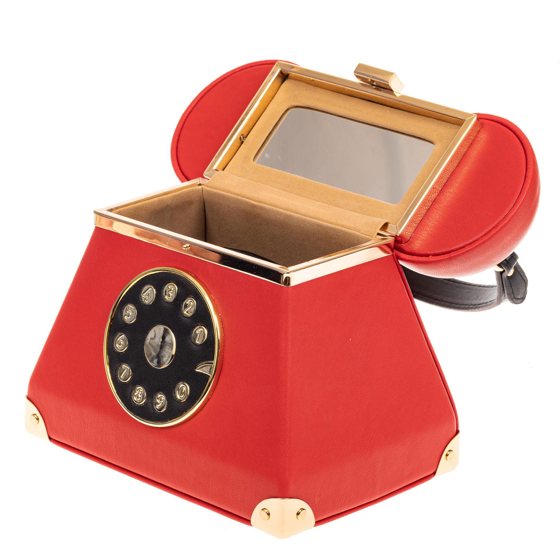 На фото 4 - Театральная сумочка из искусственной кожи, цвет красный