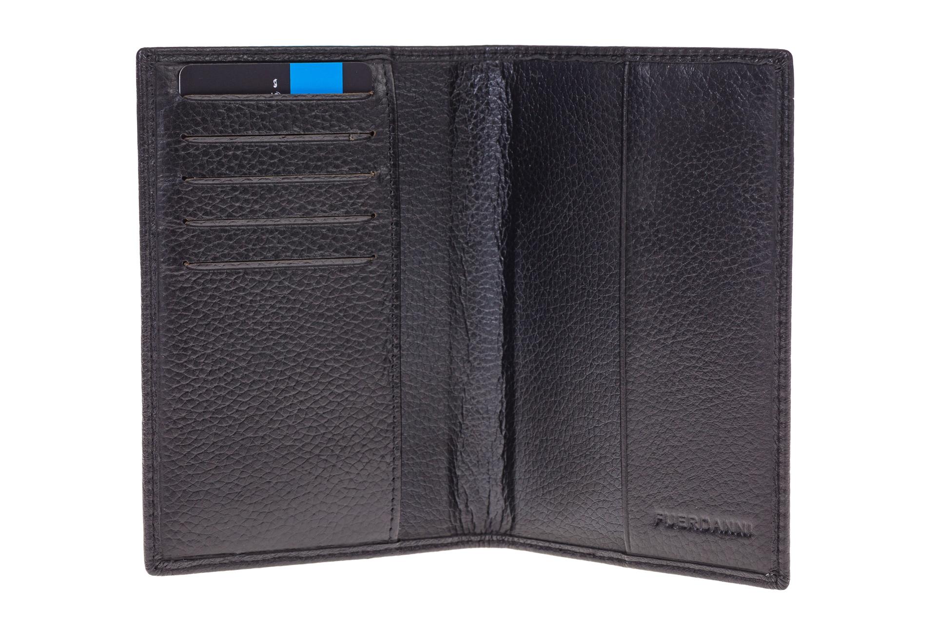 На фото 2 - Обложка для паспорта