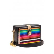 На фото 1 - Каркасная театральная сумочка из искусствен...