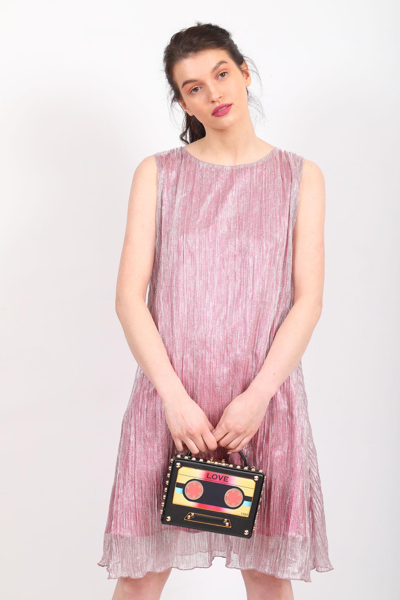 На фото 5 - Каркасная сумочка в стиле ретро из искусственной кожи, основной цвет черный