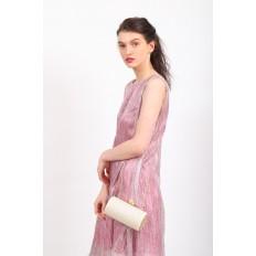 На фото 5 - Каркасная сумка с фермуаром в форме цилиндра, цвет молочный
