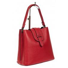 На фото 1 - Женская сумка-пакет из фактурной натуральной кожи, цвет красный
