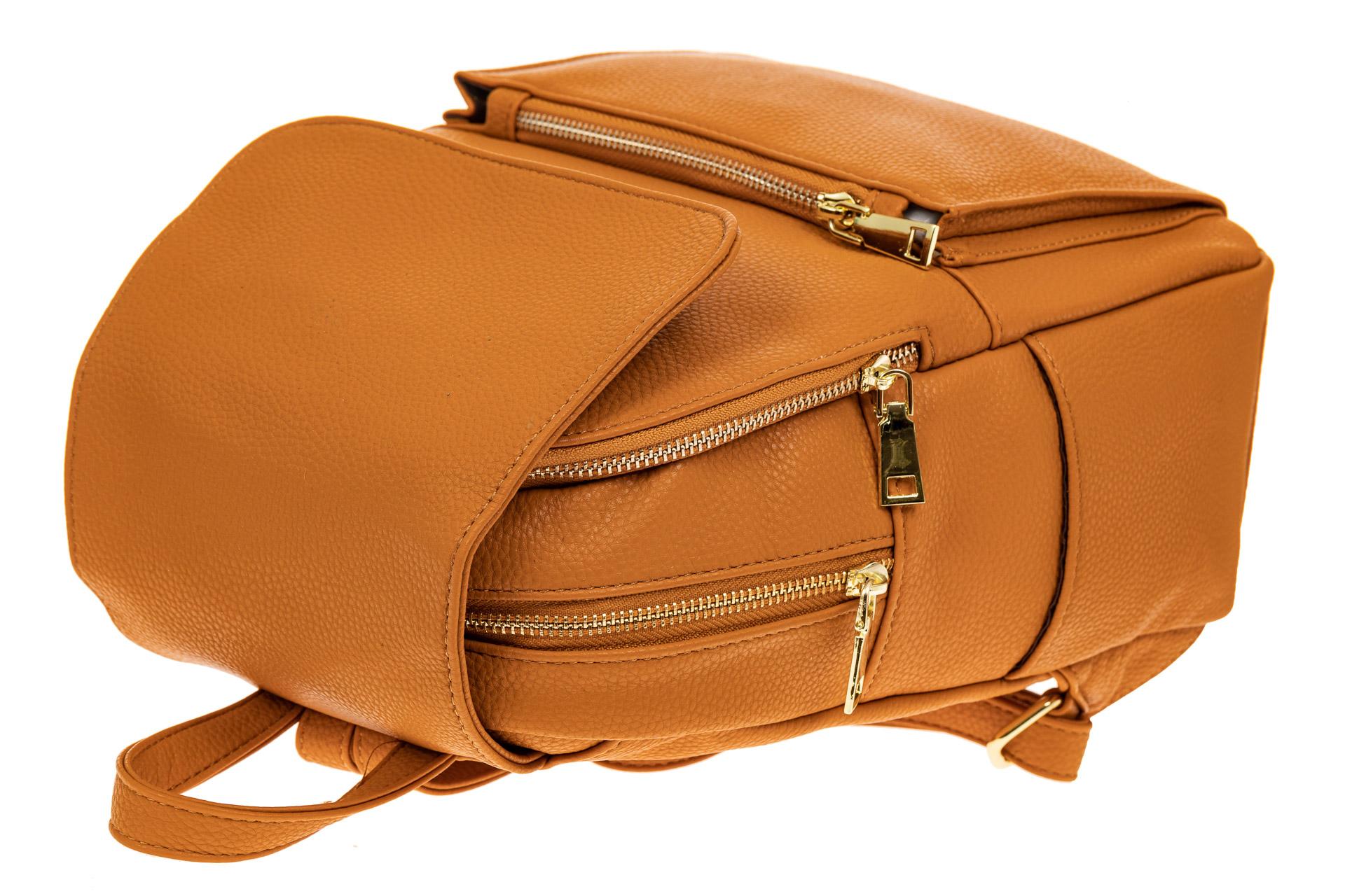 На фото 3 - Женский рюкзак из искусственной кожи с клапаном, цвет рыжий