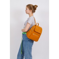На фото 4 - Женский рюкзак из искусственной кожи с клапаном, цвет рыжий