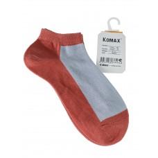 На фото 1 - Короткие женские носки, цвет оранжево-розовый с белым