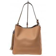 На фото 2 - Вместительная сумка шоппер из искусственной кожи, цвет бежевый