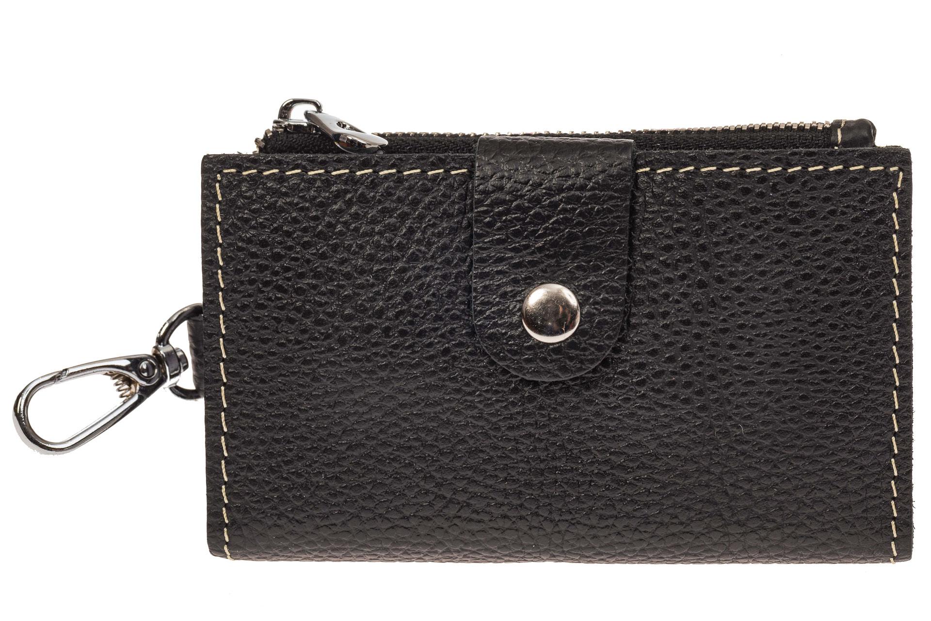 На фото 1 - Женская ключница из черной натуральной кожи
