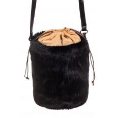 На фото 3 - Меховая сумка-ведро, цвет черный
