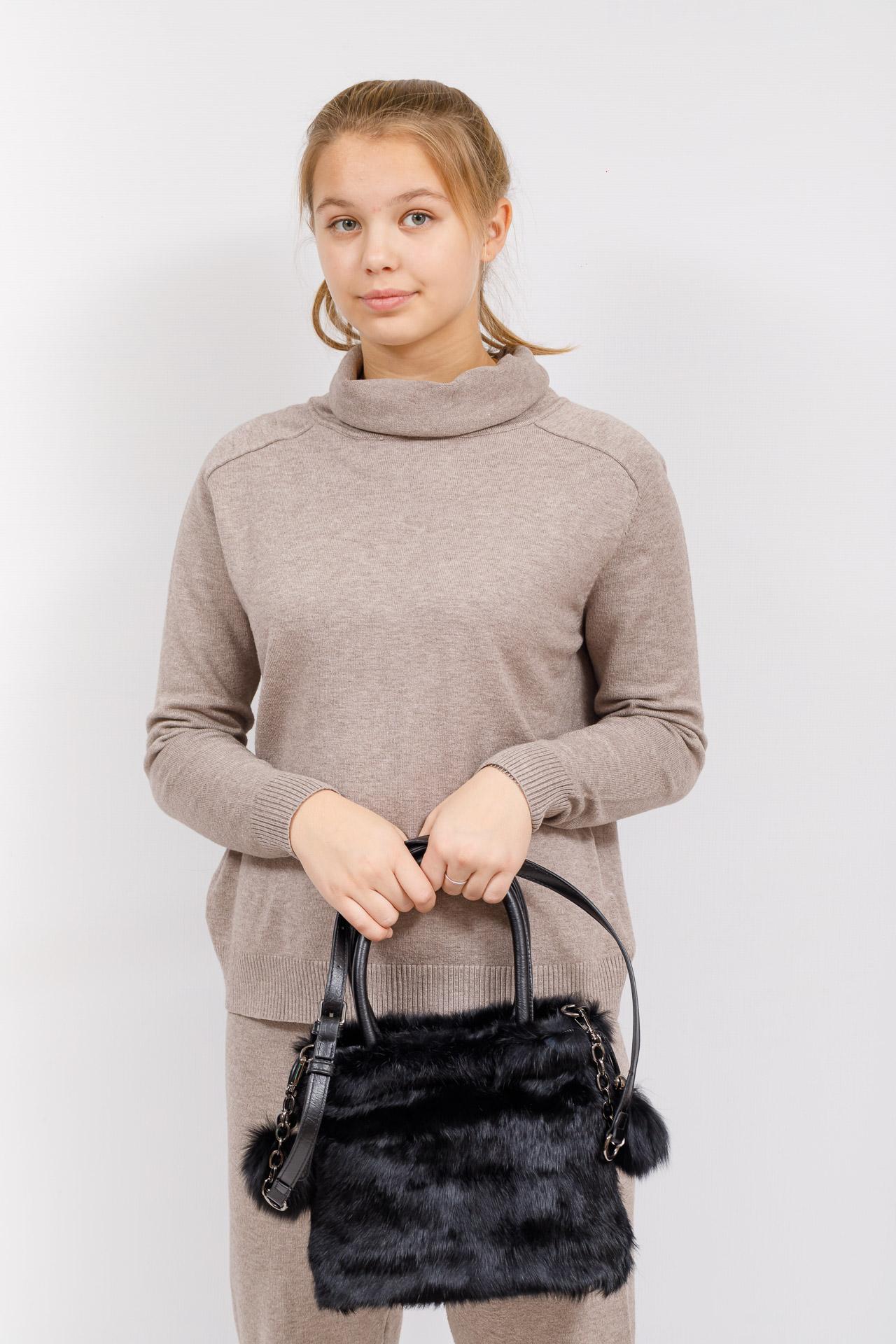 На фото 5 - Сумка кросс-боди женская из натурального меха, цвет черный