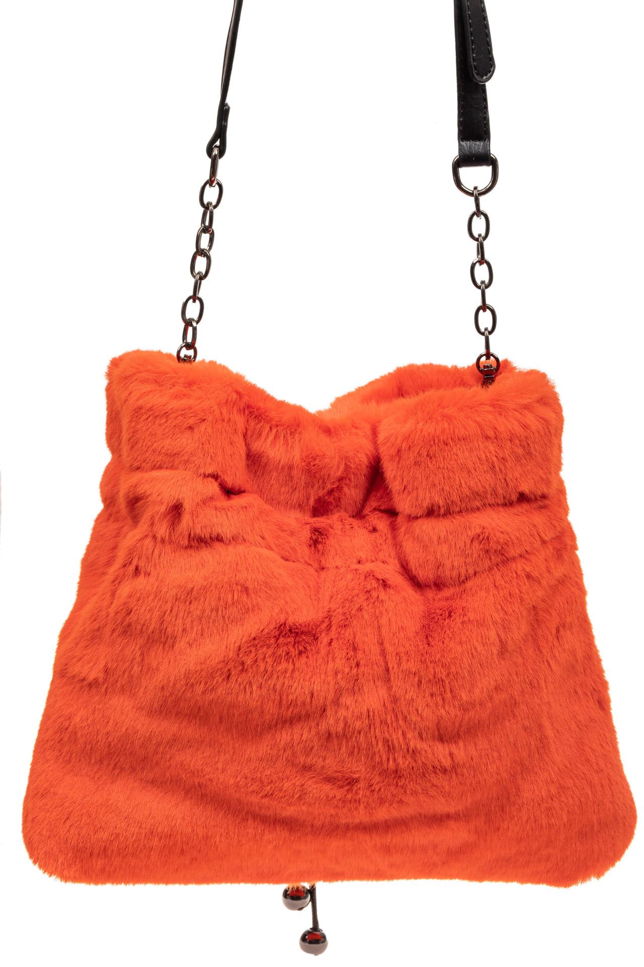 На фото 3 - Сумка женская из натурального меха, цвет оранжевый