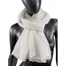 На фото 1 - Лёгкий однотонный платок, цвет белый