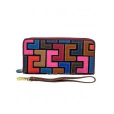 На фото 1 - Женский кожаный кошелёк-клатч с геометрическим орнаментом, мультицвет