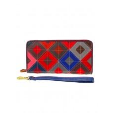 На фото 1 - Женский кошелёк-портмоне из натуральной кожи с орнаментом, разноцветный