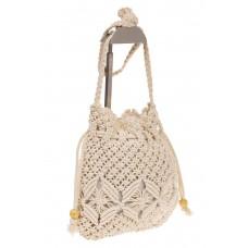 на фото Плетеная сумка-мешок белого цвета LA-1735