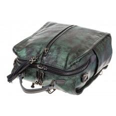 На фото 4 - Бесклапанный рюкзак зеленого цвета из эко-кожи ML815-3