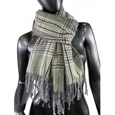 На фото 1 - Клетчатый шарф-палантин из вискозы и шерсти в серо-зелёных оттенках
