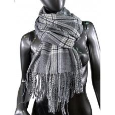 На фото 1 - Клетчатый шарф-палантин из вискозы и шерсти в тёмно-серых оттенках