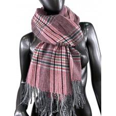 На фото 1 - Клетчатый шарф-палантин из вискозы и шерсти в серых и малиновых оттенках