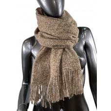 На фото 1 - Тёплый платок-палантин из шерсти и вискозы, цвет какао с белым