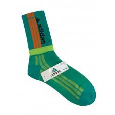 На фото 1 - Спортивные высокие носки с принтом, цвет зелёный