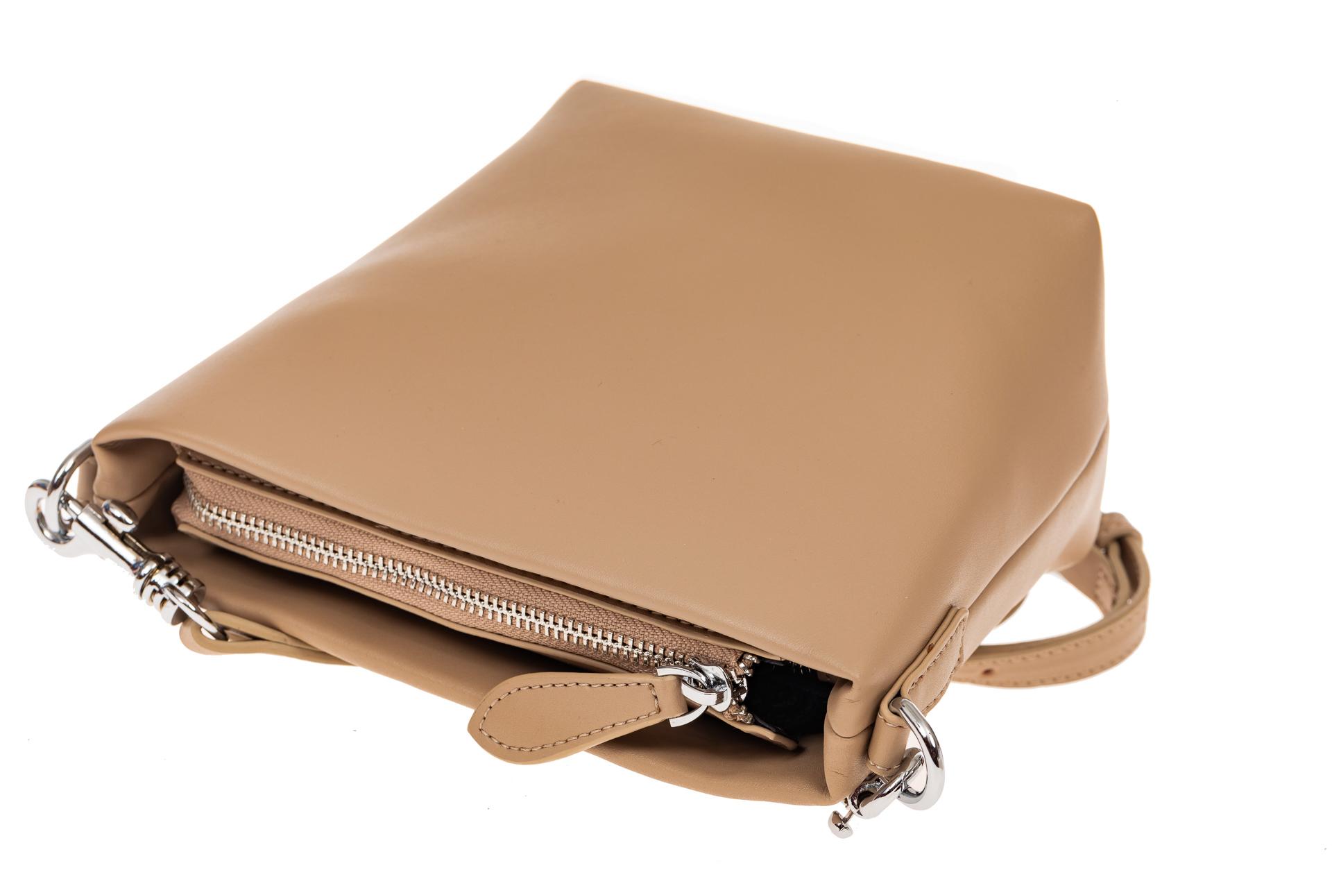На фото 3 - Летняя сумка-ведро из натуральной кожи, цвет кофе с молоком