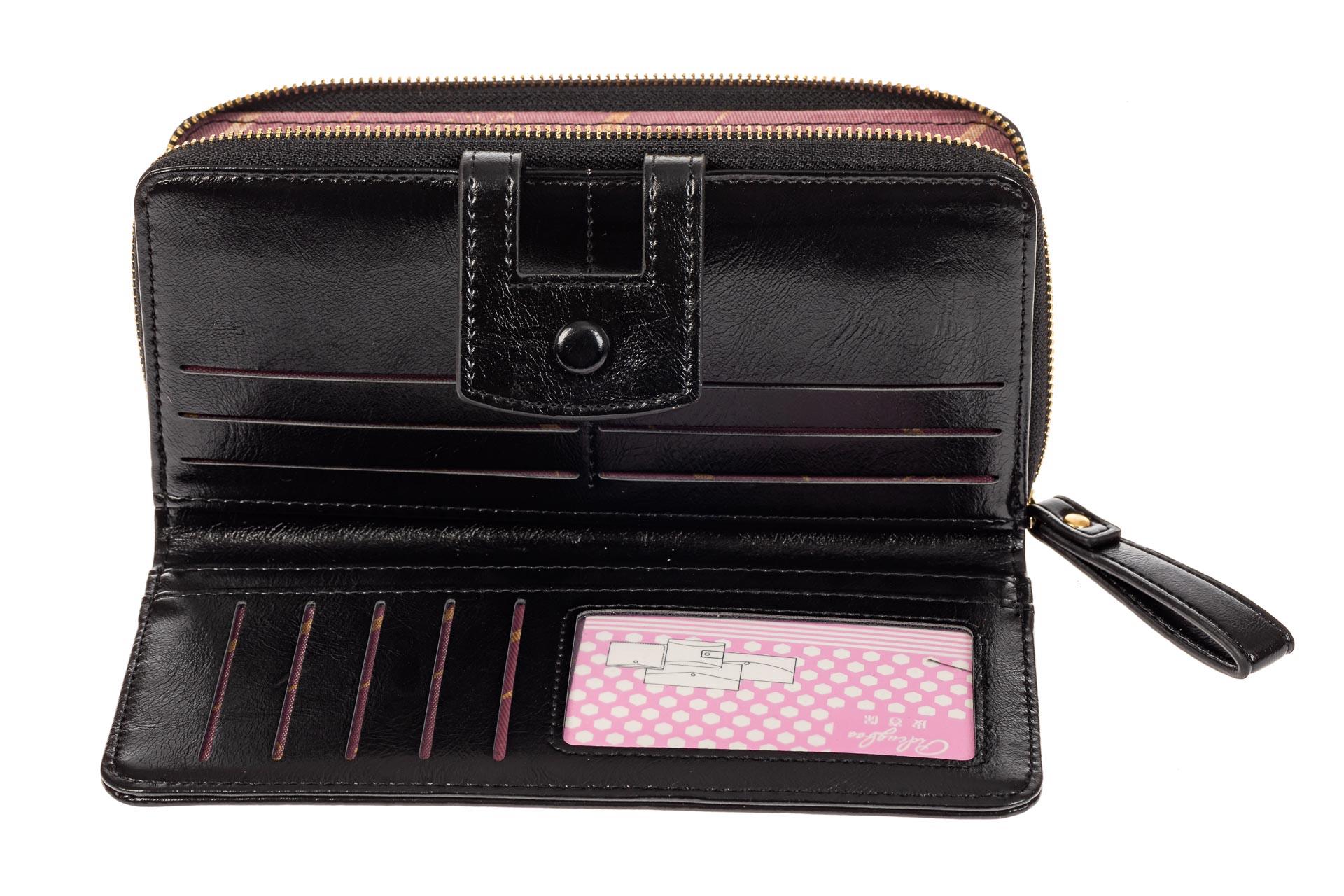 На фото 2 - Женский кошелек из искусственной кожи, цвет черный