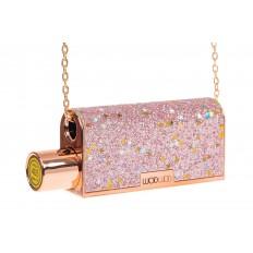 На фото 3 - Губная помада в виде сумочки, цвет розовый, оттенок №405