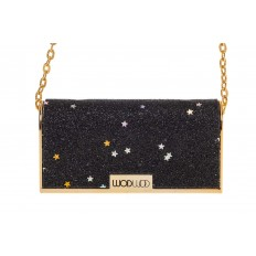 На фото 4 - Губная помада в виде сумочки, цвет черный, оттенок №507