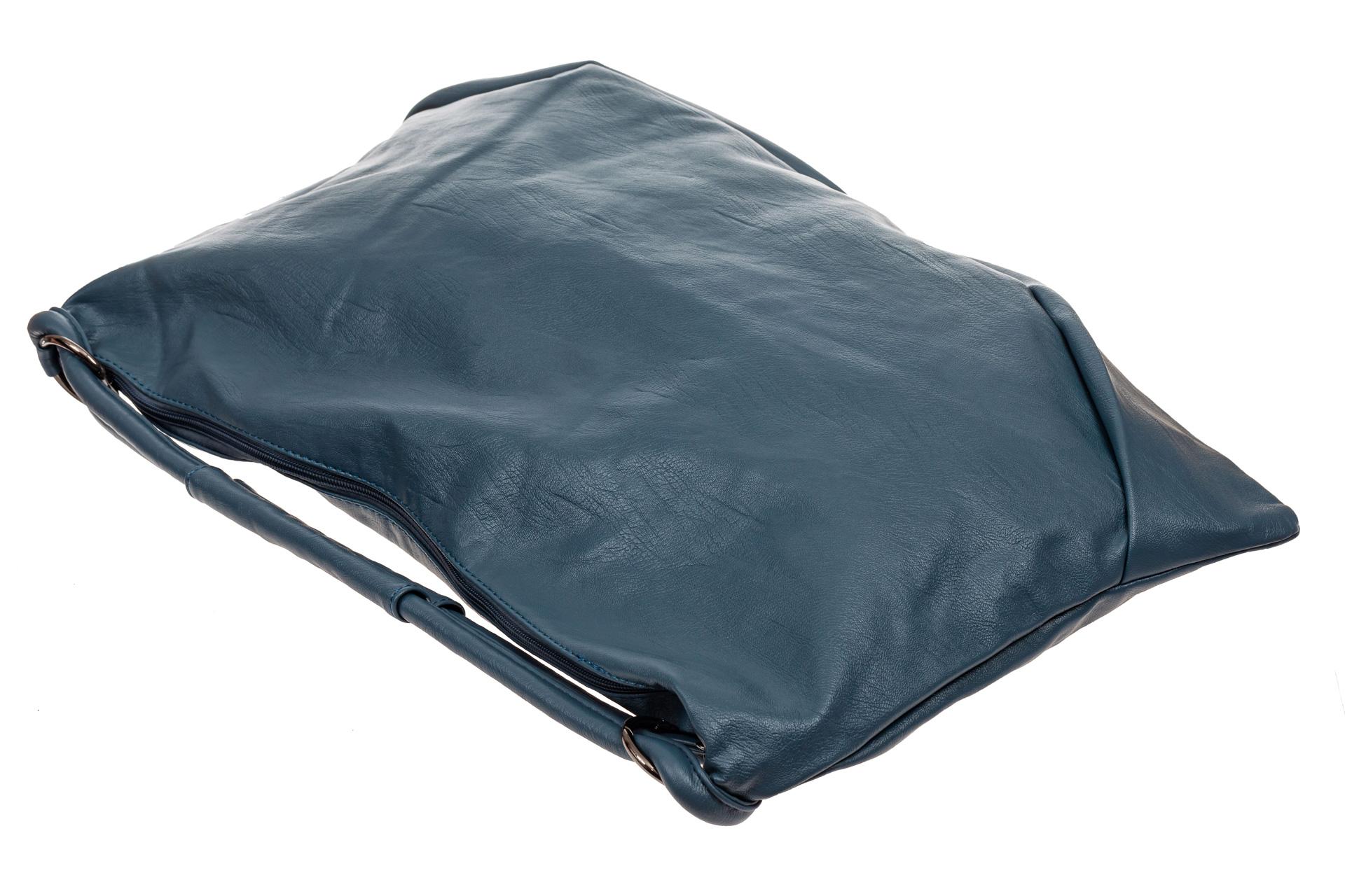 На фото 4 - Большая женская сумка из искусственной кожи, цвет голубой