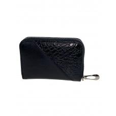 На фото 1 - Маленький кошелёк-визитница с фактурой змеиной кожи, цвет чёрный
