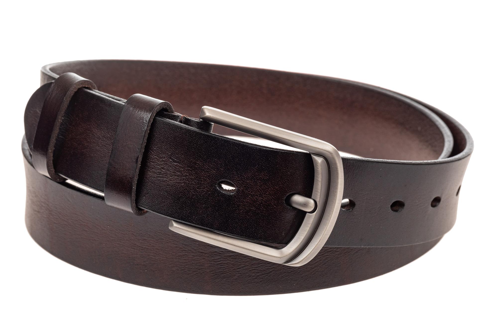 На фото 1 - Кожаный ремень мужской, длина от 110 до 120 см, цвет коричневый