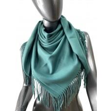На фото 1 - Мягкий платок из хлопка, цвет зеленый