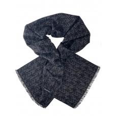 На фото 1 - Шарф мужской из кашемира с геометрическим орнаментом, цвет чёрный с тёмно-серым