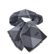 На фото 1 - Мужской шарф из кашемира с геометрическим орнаментом, серые оттенки