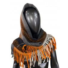 На фото 1 - Тёплая косынка из кашемира и шерсти, серые и оранжевые оттенки